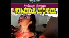 Roberta Farnese Timida Hotel